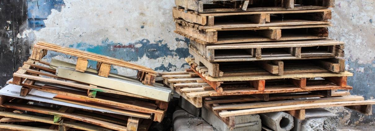 damaged wood pallets